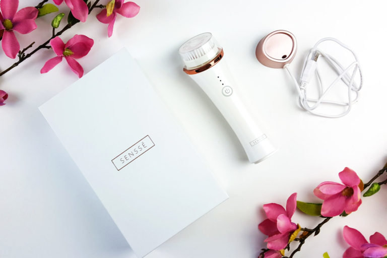SENSSE Anti-Aging Facial Cleansing Brush and Exfoliator