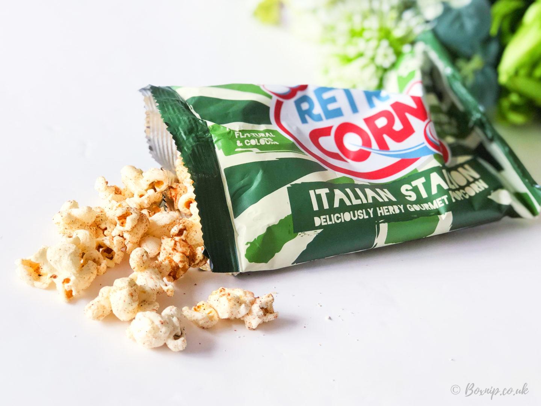 Triyit - Retro Popcorn Italian Stallion