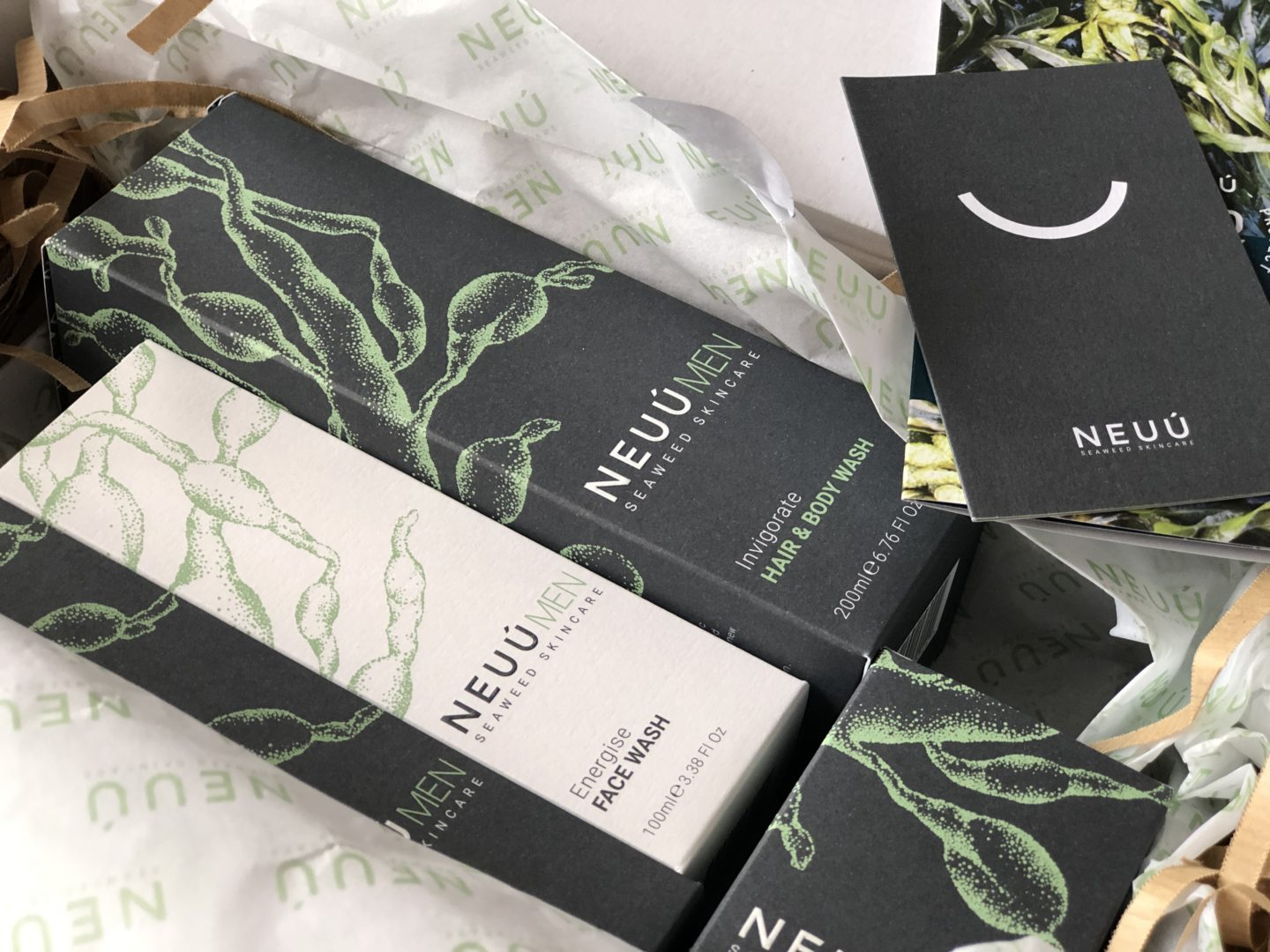 NEUÚ SEAWEED SKINCARE FOR MEN - packaged really beautifully