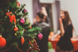 5 festive party essentials