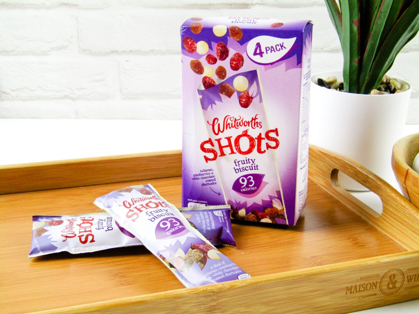 Whitworths Shots Fruity Biscuits - Degusta Box January 2021